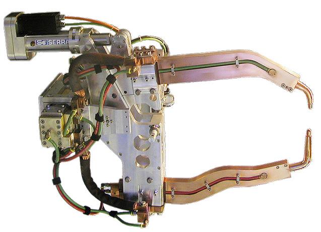 Robotkarra szerelt SERRA ponthegesztő pisztolyok X-120